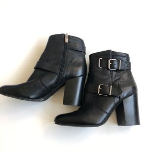 Vince Camuto Simlee Buckle Moto Boots | Sz 10